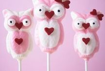 VALENTINE'S DAY / Valentine's Day Cakes And Treat Ideas.