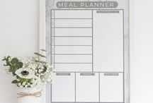 Get organised with reusable planners / Our range of reusable calendars, meal planners, weekly planners, notice & message boards