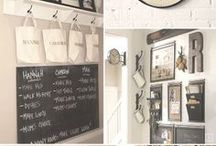 Command Centre Inspiration / Great ways families are using organisation tools in their homes.