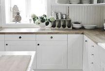 Cuisine de rêve / Cuisine vintage, rustique. Rustic vintage kitchen. Open shelves