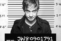 John Watson / ❝ᴡᴇ sᴏʟᴠᴇ ᴄʀɪᴍᴇs, ɪ ʙʟᴏɢ ᴀʙᴏᴜᴛ ɪᴛ, ᴀɴᴅ ʜᴇ ғᴏʀɢᴇᴛs ʜɪs ᴘᴀɴᴛs.❞ - ᴊᴏʜɴ ᴡᴀᴛsᴏɴ   Dr. John Hamish Watson is the best friend and assistant of Sherlock Holmes and a former British Army doctor. Before marrying Mary Morstan, he lived at 221B Baker Street with Sherlock, a flat they rented from Mrs Hudson. He lived with Mary, whom he worked with before developing a romantic relationship.