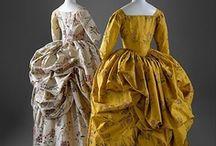Historical fashion 1770-1780 a la polonaise