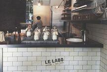 café | small | b&w