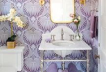 Colorful Bathrooms / These colorful bathrooms sure make a splash!