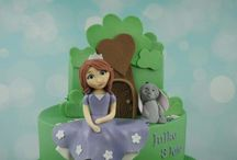 Cartoon Characters / Celebration cakes with cartoon characters