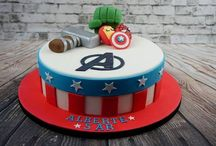 Super Heroes Cakes / All kinds of Super Hero Cakes. Hand made decoration in fondant