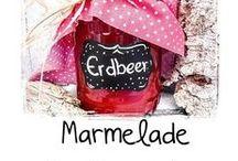 Marmelade kreativ verpacken / selbstgemachte Marmelade kreativ verpacken und verschenken - leckere Marmeladen sind immer eine tolle Geschenk-Idee zum Mitbringen - hier gibt es Ideen wie man die Marmelade kreativ verpacken und dekorieren kann