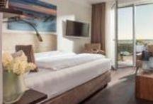 Hotel Zimmer Norderney / Ihr exklusives Zimmer im Trendhotel MeerBlickD21 auf Norderney  16 helle, lichtdurchflutete Apartments und Suiten, Meerblick und Meeresrauschen, Sonne und Strand, Ruhe und Erholung – das alles erwartet Sie im Trendhotel MeerBlickD21 auf Norderney. Bei uns finden Sie das ideale Hotelzimmer für Ihre Bedürfnisse. So wird Ihr Aufenthalt auf der Insel zum unvergesslichen Traumurlaub an der Nordsee.
