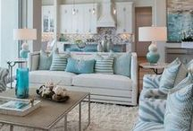 Lounges / Well-dressed sitting-rooms