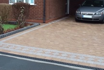 Marshalls Drivesett Natrale Driveway in Bolton near Manchester / Drivesett Natrale - The replica split stone surface finish provides your driveway a natural stone look and feel, the surface of the paving is cast from authentic split sandstone along with mason fettled edges similar to recently quarried Yorkstone combined with realistic natural stone colours together with a wide variety of faces and block sizes help you to break up uniformity in larger areas