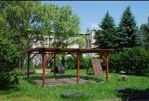 Pergoly / Pergoly jsou vhodné pro mateřské školy k zastínění herního prostoru. Rozměry zařízení: dle dohody. Umístění: pískoviště, hrací hřiště.