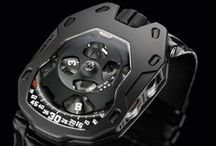105 M AlTiN / URWERK's UR-105M is inspired by the Middle Ages, an era of lances, legends, chivalrous conduct and noble deeds. An era when knights in shining armor would risk their lives for honor and glory, with only their faith and shield for protection. The UR-105M embodies their gallant valor in a titanium and steel arena, the satellite hours conquering time in an eternal jousting tournament.