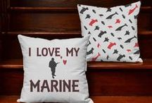 Patriotic Decorating Ideas ~ For Love of Home & Country / Home decoration ideas for Americana and USA themed rooms. Perfect housewarming gifts for military families or those coping with deployment.