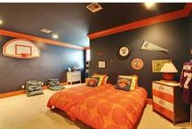 Sports Decorating Ideas ~ For The #1 Fan / Home decor ideas for fans of any sport; soccer, tennis, track and field, football and more! Great ideas for adding a sports theme to your home or living space.