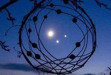Space, sky and the stars, l'espace, le ciel et les étoiles, starseed / Ce qui est autour de nous à l'infini quand on lève les yeux, qu'on change son regard. Pour ceux qui ont cette nostalgie de venir d'ailleurs, les starseed, les graines d'étoiles!