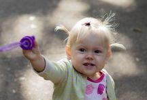 Soap bubbles, fontain and cats / Детская фотография
