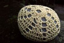 crocheted pebbles Oh-My! / my love affair with crocheted pebbles, weird but true...