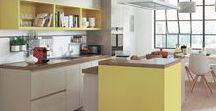 Hello Yellow ! / Jaune pâle, jaune poussin, jaune citron, jaune pastel... la couleur jaune se décline selon vos envies ! Faites entrer le soleil dans votre maison grâce à notre sélection acidulé à souhaits ⤵