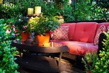 Outdoor Patio and Yard Decor Ideas / Beautiful Outdoor spaces to enjoy the gorgeous South Florida balmy breezes in Miramar Florida. Perfect Landscapes and comfy patio furniture make a great combination.