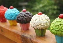 Decor: Cupcake Decor / I love cupcakes! They are so CUTE!
