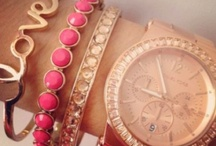 Fashion: Assecories / Here's are some jewels and display ideas I find quiet LOVELY!