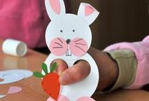 Décoration de Pâques / Un tableau pour vous aider à trouver la décoration parfaite pour Pâques. Des Idées DIY pour tous sur bois, tissu, papier. Il y en a pour tous les goûts !