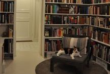 Dream home / A girl can always dream... about comfy book nooks and lovely kitchens
