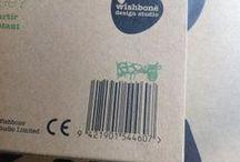 Humor op verpakkingen? / Ja, soms in een hoekje op een verpakking schuilt er iets, een klein vleugje humor. Ook bij de verpakkingen van speelgoed blijkbaar!
