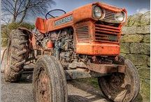 Antique Tractors / Antique Tractors