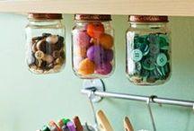 Craft Rooms / Idee per organizzare la vostra stanza creativa! Potete anche inserire le foto del vostro spazio di lavoro