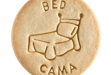 Bed - Cama / At Dick & Jane Baking Company, we have successfully combined whole grain nutrition and education into our new line of healthy, nut free, educational snacks.