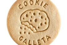 Cookie - Galleta / At Dick & Jane Baking Company, we have successfully combined whole grain nutrition and education into our new line of healthy, nut free, educational snacks.