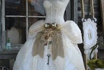 Bridal Shower and Wedding Ideas /  It is always fun to dream about things you could have had or things you want at a bridal shower and wedding! I am married to my Sweets for a really long time but I have single kids so who knows I may have to plan a wedding or two!