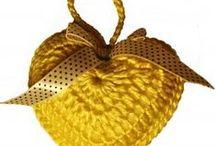 Dasiki / Háčkovaná srdíčka, pletení, ruční práce, bavlna,knitting,yarn,crochet, heart, pillow, blanket