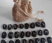 M A G N U S  C H A S E runestones