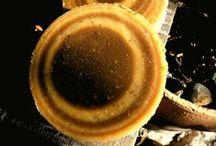 Jabones de Algarroba / Jabones elaborados con harina de algarroba.