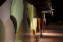 """Feria de interiorismo / Mercado de interiorismo donde el diseño, la  arquitectura, el arte y el vino se fusionaran. ¿En que consiste este innovador pop up?. El Mercado de Interiorismo de Nómadas Pop Up intenta mezclar en un entorno único como es Bodegas Franco Españolas esas corrientes de """"diseñadores nómadas"""" que se mueven, conocen las últimas tendencias y que quieren """"trasformar los espacios"""" con sus propuestas dando visibilidad a sus diseños y participando de un nuevo concepto de venta y exposición."""