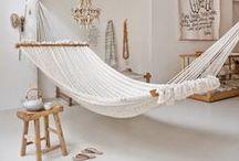 Relax / Rincones de relax en casa. Imágenes de esos lugares armónicos donde sentarse a descansar, disfrutar de una vista, de un café o leer un libro.