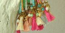 POMPONS / Des créations de bijoux avec des pompons