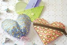 Gifts to Sew Easy & Fast / Need a quick gift to make? Find fast and easy gifts that won't break the bank or your time.