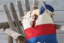 Bags, Totes & Carryalls To Sew / Find almost every kind of bag to sew right here. Find free patterns (check for expiration date) and inspiration for sewing your own.