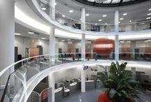 UniCredit Banca Project / Brunello Sighinolfi Architettura della comunicazione - Arte + Sistema = Corporate Design - Architettura, Design, Grafica, per esprimere l'identità complessiva del Brand.