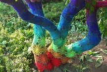 Yarn Bombing / Guerilla crochet and knitting street art from around the world!