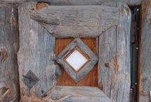 ✒ Doors