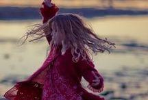 ✒ Dance...