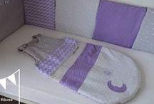 Décoration chambre enfant parme violet gris argenté / Décoration chambre enfant parme violet gris argenté