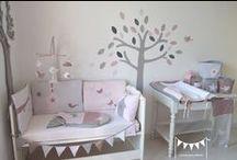 Décoration chambre enfant fille rose poudré gris