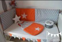 décoration chambre bébé orange et gris / orange and grey nursery