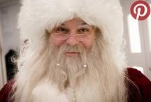 Santa i transit 2012 / Julen er en travl tid for alle, men én person har dog mere at se til end de fleste. For at nå ud til de fjerneste afkroge af kloden med pakker til alle de artige børn, for at være i skarp form til skorstensklatring og for at holde finmotorikken ved lige til gaveindpakningen - er Santa en yderst travl herre. Det er dog lykkedes os at spotte ham i forbifarten - her i vores egen Copenhagen Airport.