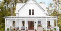 Farmhouse / Dream Farmhouse | Farmhouse love | perfect Farmhouse | Dream Home | White Farmhouse | farmhouse love